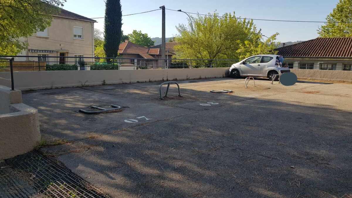 Parking intérieur - Aix-en-Provence