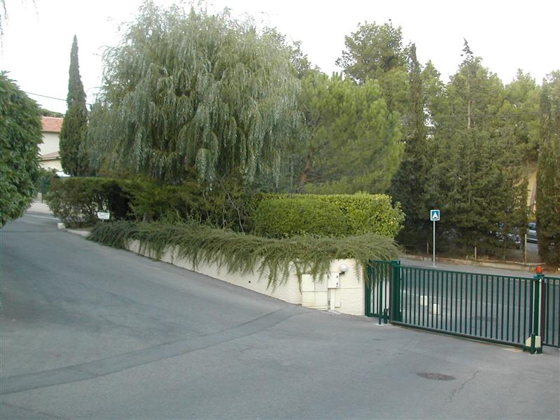 Location immobilier aix en provence et environs agence for Garage opel aix en provence